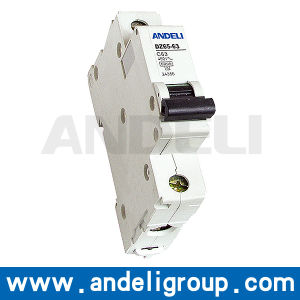 32A MCB Electrical Circuit Breaker (DZ65-63) pictures & photos