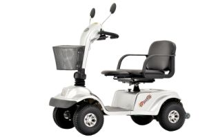 Four Wheels 600W Red Scooter (EML46) pictures & photos