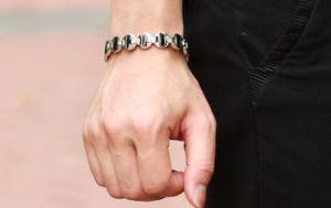 Fashion Cubic Zirconia Bracelet for Men Women Handmade Wrap Hematite Magnet Health Vintage Jewelry pictures & photos