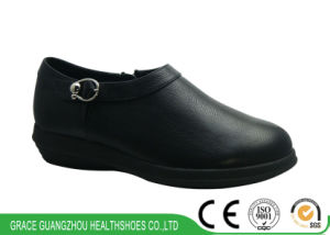 Health Shoes Comfort Leather Shoes Women Diabetic Shoes pictures & photos