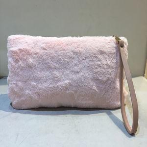 Fashion Lady Pretty Cute Faux Rabbit Fur Handbag Shoulder Messenger Bag Women Clutches Sy8030 pictures & photos