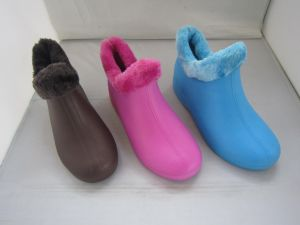 High Quality Soft Winter Man and Woman Boots (TNK60033) pictures & photos