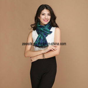 OEM Design Chinese Silk Scarf for Zeo-022 pictures & photos