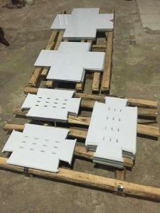 Fiber Laser Cutter for 1-22mm Carbon Steel Sheet Metal pictures & photos