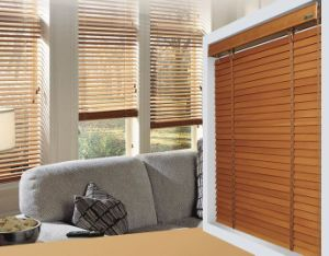 "2"" Solid Wood Venetian Blinds pictures & photos"