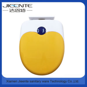 Factory Supply Soft Close Family Toilet Seat pictures & photos
