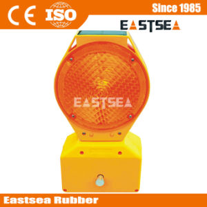 Safety Barrier Portable Solar LED Traffic Warning Light pictures & photos