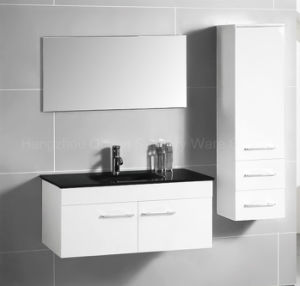 White Painting MDF Cabinet with Zinc Alloy Handles pictures & photos