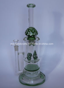 Green Mushroom Smoking Water Pipes with Honey Comb Percs pictures & photos