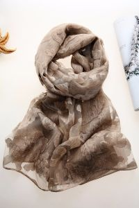 Fashion Customized Ladies Long Silk Scarf and Shawls Hijab Scarf pictures & photos