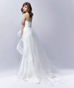 Gorgeously Contemporary Detachable High-Low Tulle Wedding Dress pictures & photos