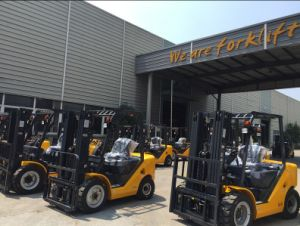 Un N Series of 2.5ton Diesel Forklift with Original Yanmar Engine pictures & photos