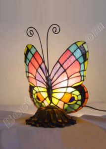 Butterfly Tiffany Art Lamp (936) pictures & photos