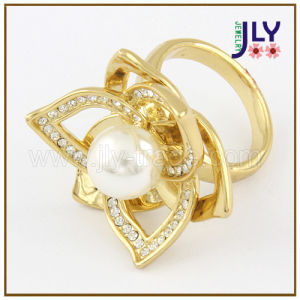 Wholesale Zinc Alloy Gold Plating Flower Shape Pearl Fashion Jewelry Ring pictures & photos