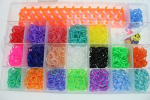 Wholesale Various Colors Fashion Jewelry Cheap Rubber Loom Bands in Plastic Boxes