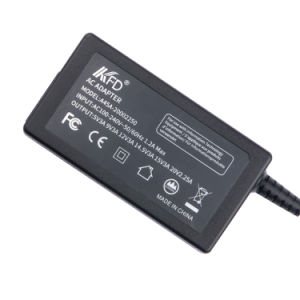 Ce Approved Universal Type-C 45W Pd Smart Charger pictures & photos