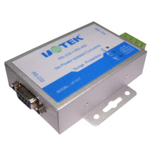 RS-232 to RS-485/422 Converter With Photoelectric Isolation (UT-217E)
