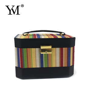 2015 Fashion Ladies Customized Cotton Cosmetic Case pictures & photos