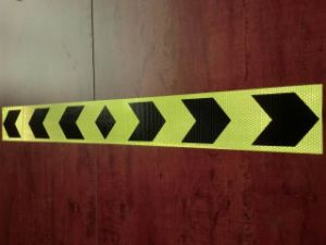 RS7200 Yellow/Black Reflective Tape for Truck pictures & photos
