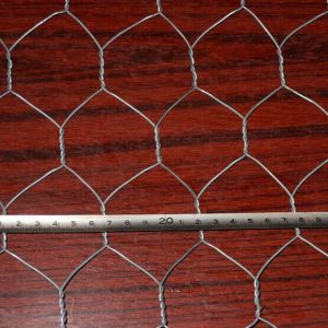 Hot-Dipped Galvanized Hexagonal Gabion Mesh Roll pictures & photos