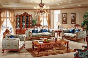 Luxury Hand Carved Furniture Sofa with Premium Fabric Finish (TH536)