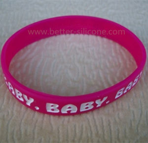 Debossed and Color Filled Logo Silicone Wristband for Promotion pictures & photos