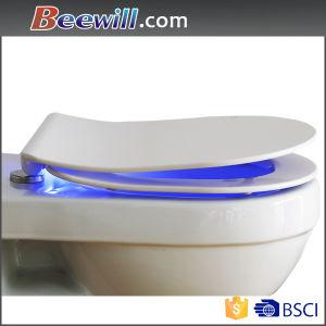 Hot Sale Close Coupled Duroplast Soft Close Slim Light Toilet Seat pictures & photos