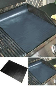 PTFE Non-Stick and Reusable BBQ Grill Mat pictures & photos