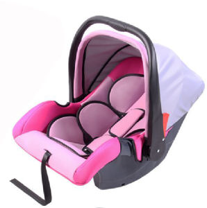 Portable Baby/Infant Car Safety Booster Seat with Safe Shoulders pictures & photos