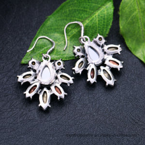 Elegant Temperament Flower Shape Crystal Stone Fashion Jewelry Stud Earring pictures & photos