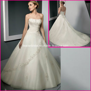 A-Line Strapless Bridal Wholesale Customized Lace Wedding Dress A334 pictures & photos