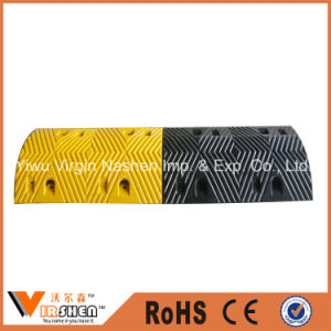Driveway Road Safety Traffic Calming Reflective Rubber Speed Bump pictures & photos