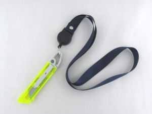 Plastic Auto Retractable Safety Cutter Knife pictures & photos