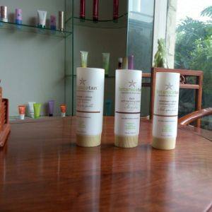 150ml Lotion Cosmetic Plastic Tube with Wooden Cap pictures & photos