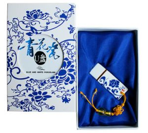 Blue and White Porcelain 4GB 8GB USB Pen Drive with Gift Box pictures & photos