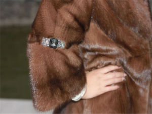 Women′s Fashion Fur Coat OEM, Fashion, New Styles pictures & photos
