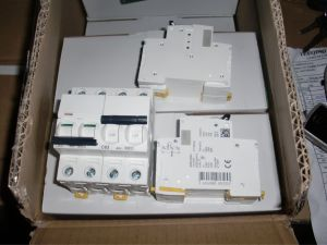 Newest Miniature Circuit Breaker MCB (IC60n 3 Pole) pictures & photos