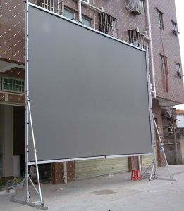 Fast Fold Projection Screen / Outdoor Projector Screen with Flight Case pictures & photos
