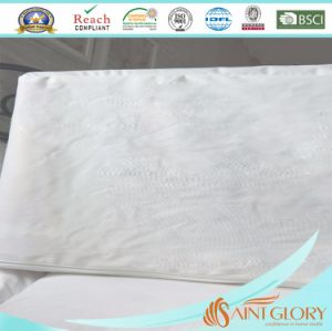 Two Zippers Ddjustable Mattress Protector pictures & photos