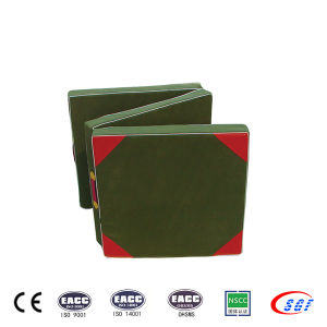 Gym Equipments Tri-Folding Hand-Held Gymnastic Mat for Sale pictures & photos