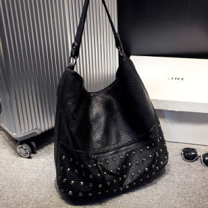 Soft PU Handbag Girl′s Leisure Bag Rivet Design Shoulder Bag pictures & photos