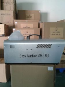 1200W Stage Snow Machine pictures & photos