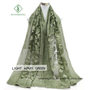 2017 New Lady Fashion Silk Scarf with Dyed Cutting Shawl pictures & photos