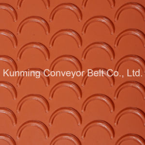 Conveyor Belt PVC Light Conveyor Belt (EM300/3: 0+3.5C/6.0R/AO) pictures & photos