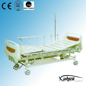 Triple Cranks Mechanical Adjustable Hospital Nursing Bed (A-3) pictures & photos