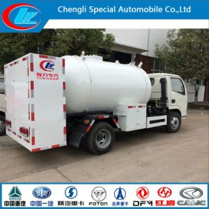 Small 4X2 5.5cbm LPG Refilling Truck for Hot Sale pictures & photos