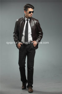 2015 Wholesale Real Leather Men′s Jacket pictures & photos