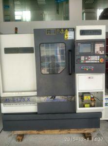 Slant Bed CNC Lathe Machine (Slant Bed CNC Turning Lathe 6136X)