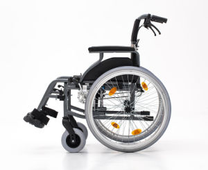 Aluminum, Fold Back, Wheelchair, Lightweight, Manual (AL-001B) pictures & photos