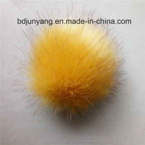 Trendy Fake Fox Fur POM with 18 Colours for Everyone pictures & photos